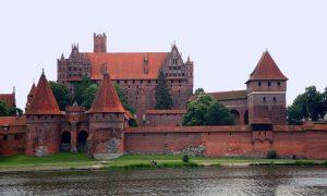 Детективное расследование во время автопутешествия по Польше